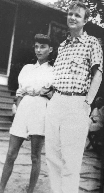 Robert Motherwell (age 30), with Maria, his first wife, at Black Mountain College in 1945. Motherwell taught painting there in the 40s and 50s. Cy Twombly, Robert Rauschenberg and Kenneth Noland studied under and were influenced by him.