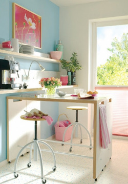 Smart Hideaway Craft Room Idea on Flickr.http://bit.ly/xKKVjQ