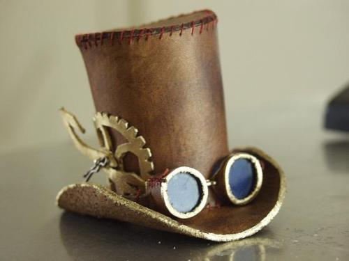 steampunk tophat by ~littlelazydragon