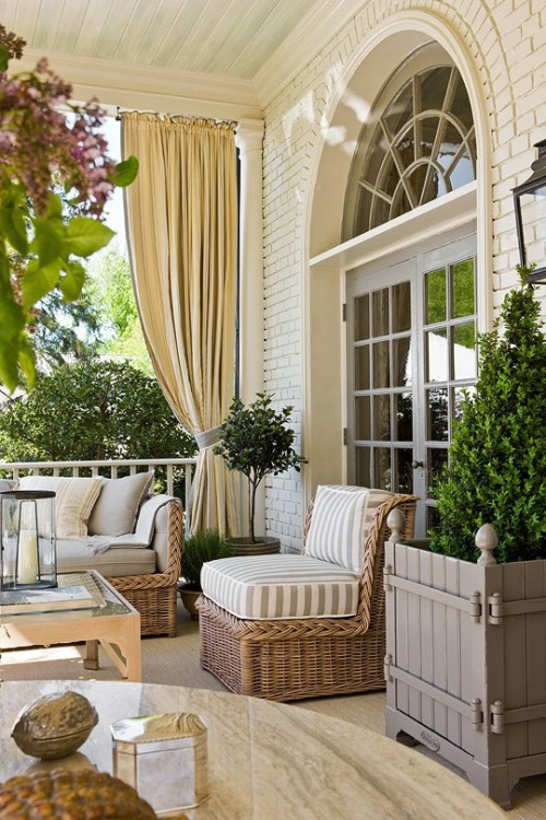 chic porch