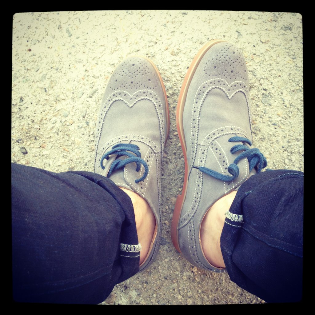 threadandsalt:  new shoes. because its my birthday.   Shoutout to Dillon. Nice shoes. Happy Birthday.