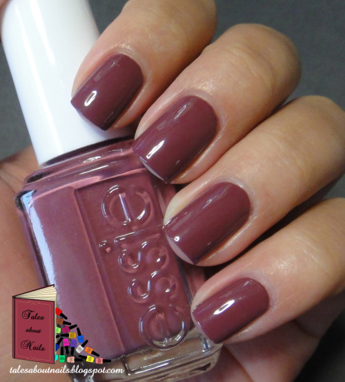 Check out my blog for swatches and a review of Essie - Angora Cardi. <3