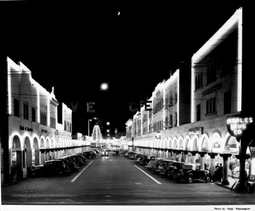 Venice at night, 1939