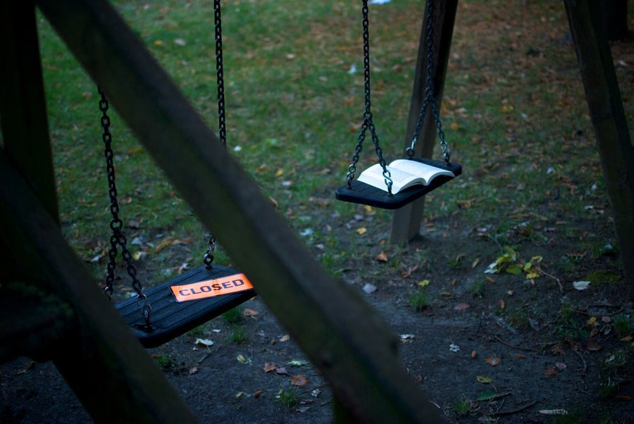 Abandoned swings by ~Eraser85