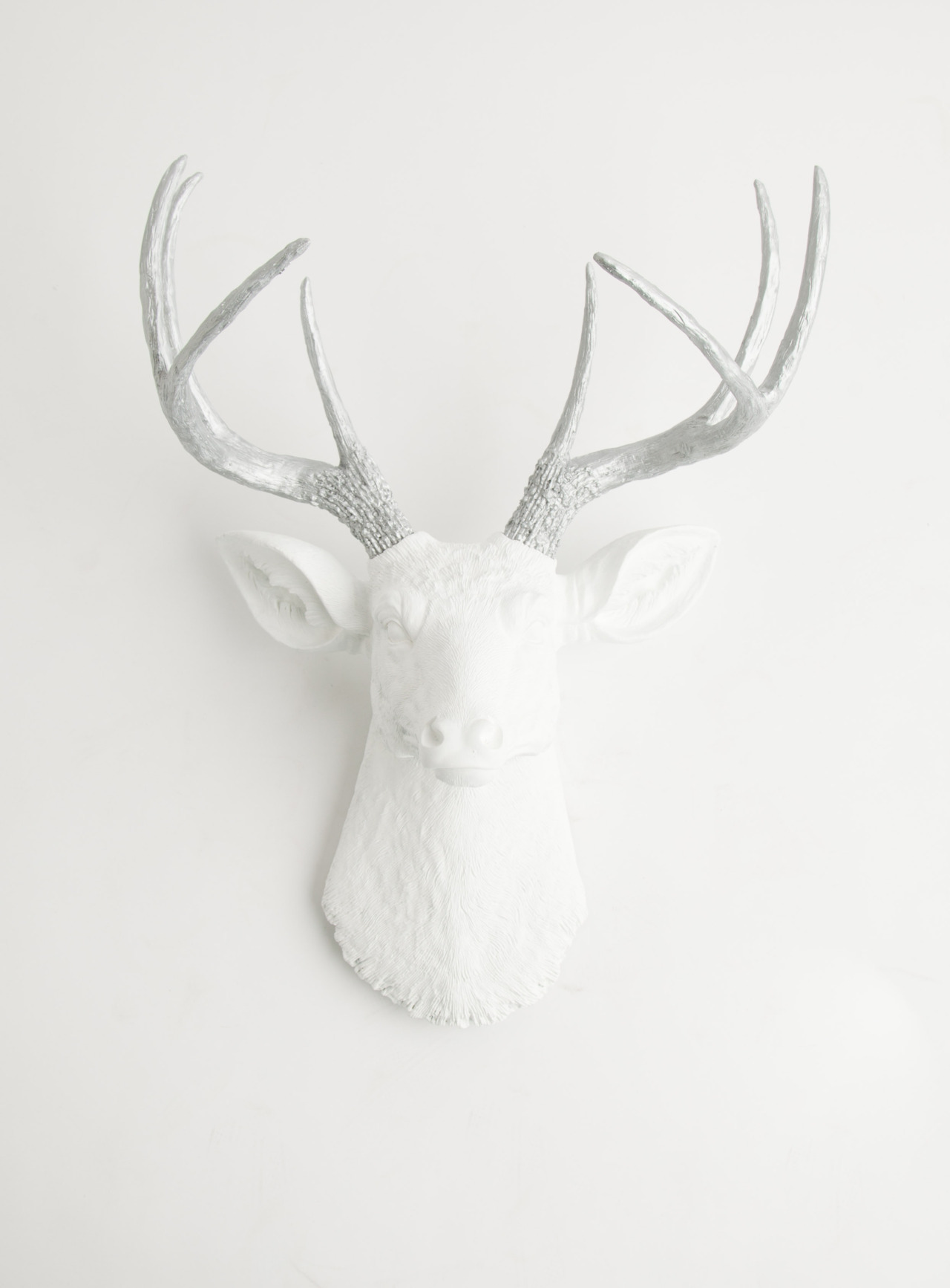 the frankfurt - white resin with metallic antler deer head