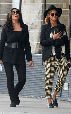 Megastar Beyonce' and mother Tina strolling around in Tribeca, NY today with baby Blue!