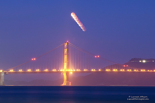 Full Lunar Eclipse over the Golden Gate Bridge - Dec 2011 (by Darvin Atkeson)