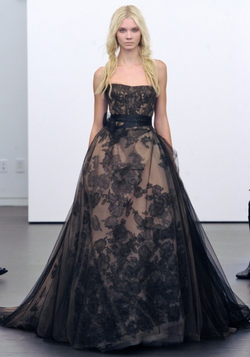 Vera Wang Bridal F/W 2012. I'd love to have this in champagne or blush for a wedding gown.
