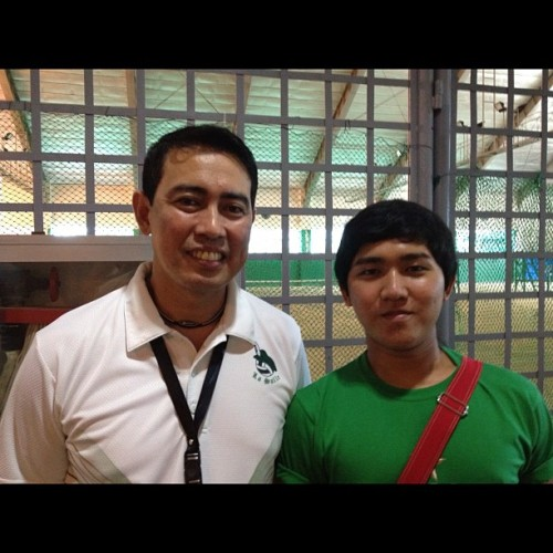 With DLSU's Head Coach Ramil de Jesus at the Eagle Ridge Golf course and Club house (Gen. Trias, Cavite) #dlsu #volleyball #uaap #lasalle #delasalle #green #archers #eagle #ridge #golf #course #club #house #cavite #ust #feu #ue #coach #ramil #de #jesus (Taken with instagram)