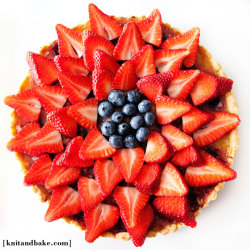 gastrogirl:  lemon blueberry tart with strawberry garnish.