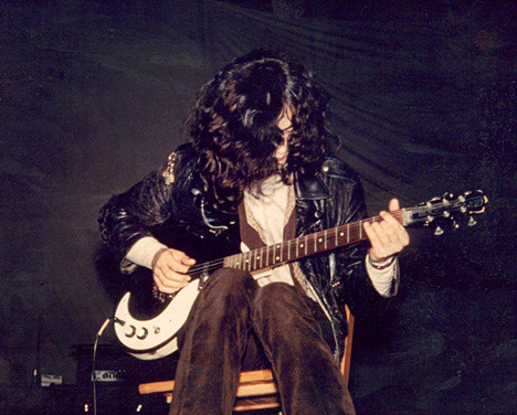vood0ochild:  Jimmy Page in Boston 1969