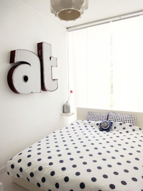 myidealhome:  dots (via  Design*Sponge)