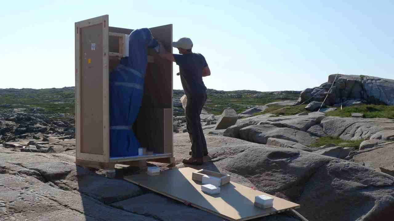 The Lost Bird Project Artist Todd McGrain installing The Great Auk memorial sculpture, on Fogo Island, Newfoundland