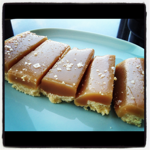 bigappleappetite:  Homemade Salted Caramel Bars
