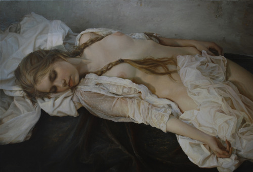 nearerthemoon:  The Timid Sun, Serge Marshennikov, 2011