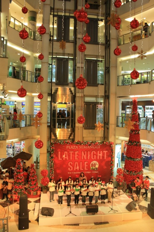 Missing The Christmas Festive at Plaza Semanggi Malls in Jakarta - Indonesia