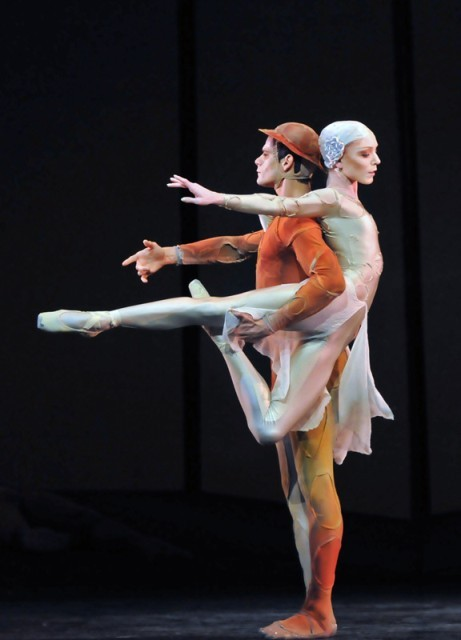 "Thiago Soares and Sarah Lamb in Kenneth MacMillan's ""Gloria"" - The Royal Ballet"