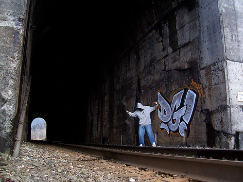 graffitiandgirls:  DOUG