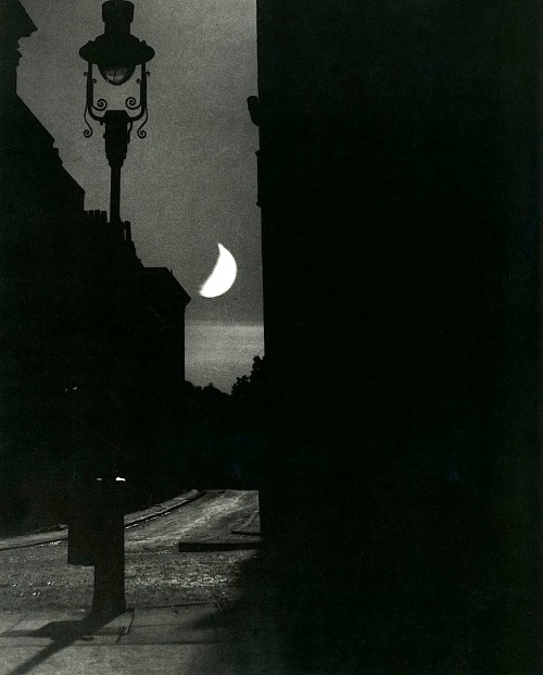 Bill Brandt The Adelphi, September, 1939