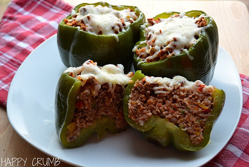 happycrumb:  Stuffed Peppers topped with mozzarella cheese for dinner! I made Green bell peppers stuffed with delicious filling topped with gooey melted mozzarella cheese! Amazing hearty meal!