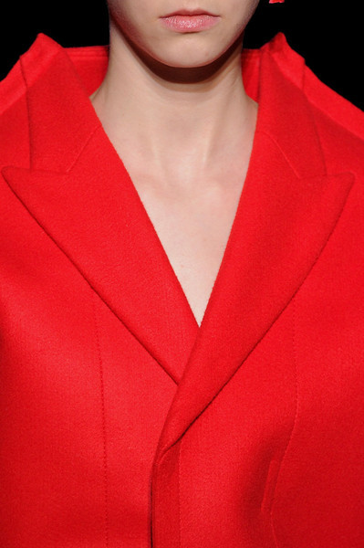 Comme des Garçons / Fall 2012 RTW see the complete runway photos —>http://missbehavecutie.blogspot.com/ PARIS–Normally on the way into a Comme des Garçons show we're given a tip, a clue, a key to understanding the show we're about to see. Sometimes it's just one word, like last season's 'white.' Long Nguyen is the co-founder and style director of Flaunt.