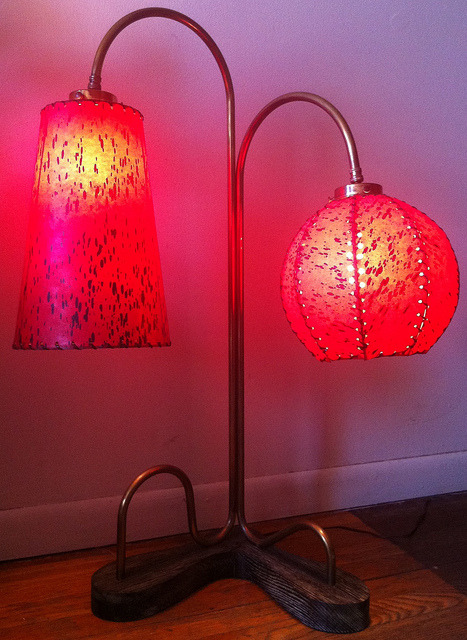 Wacky 50s Lamp w/ Fiberglass Shades (2) by ModSquad50 on Flickr.ddd