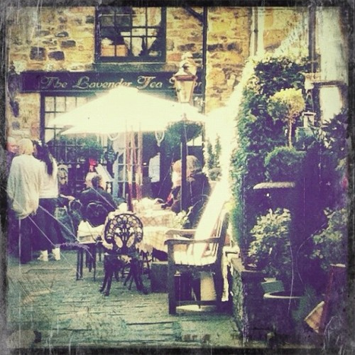 #derbyshire #bakewell #cafe #iphoneonly #iphoneography #iphone4 #phototoaster #magichour #scratchcam (Taken with instagram)