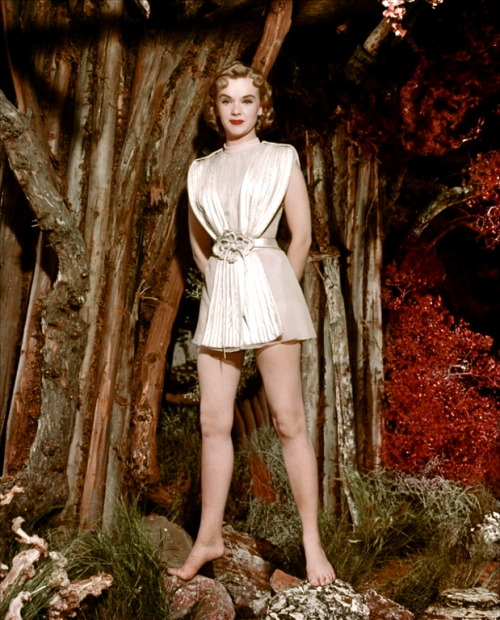 lynxolita:  Anne Francis in Forbidden Planet (1956)
