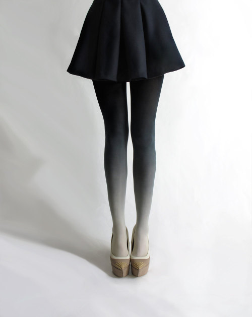 tydepool:  Ombre Tights - $30
