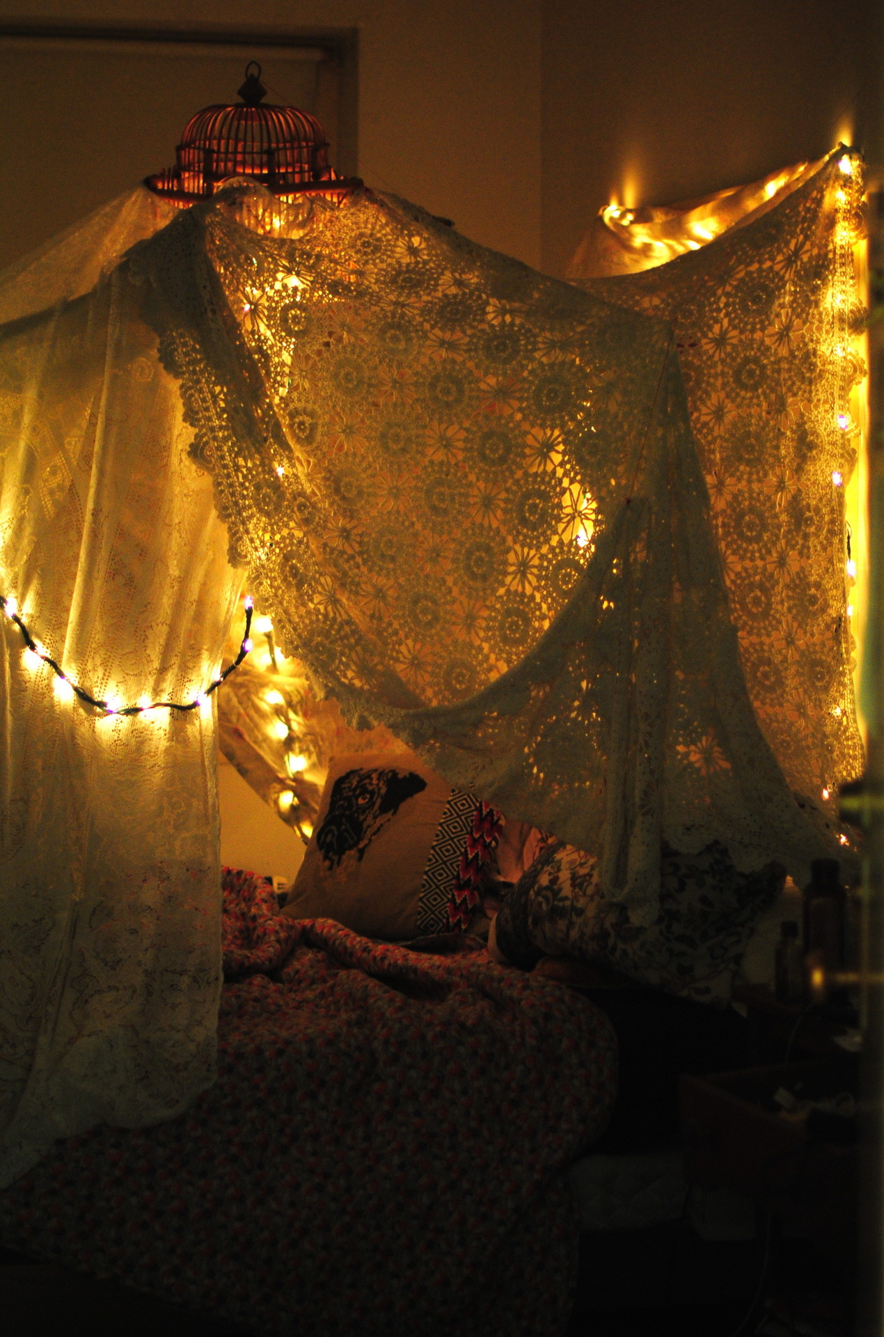 I would like to make a giant blanket fort soon