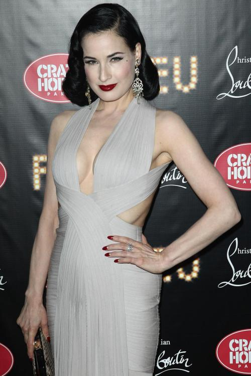 suicideblonde:  Dita Von Teese at the premiere of Feu at the Crazy Horse in Paris, March 13th
