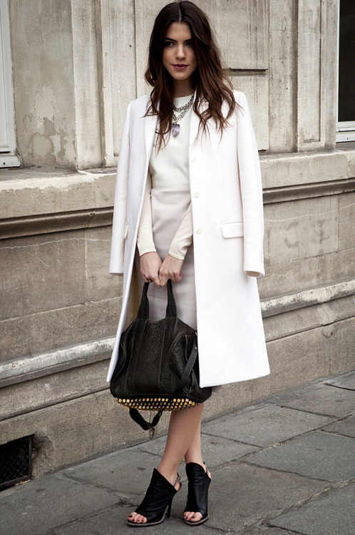 all white street style - style trouve