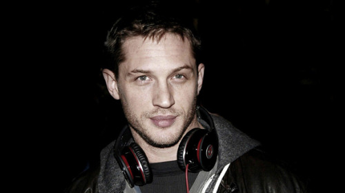 hardymafia:  click for more tom hardy!