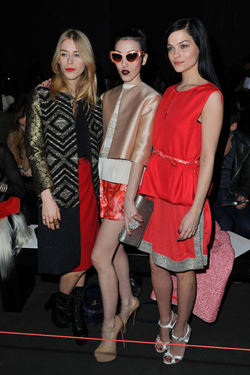 Adoring my Paris Fashion Week ladies … to be surrounded by beauty is a gift!