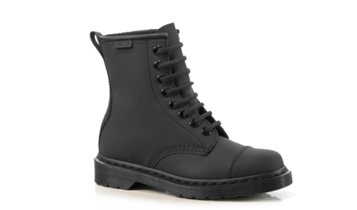 What Would Robb Stark Wear? Carey Matte Black Doc Marten Boots Everyone should have a pair of Doc Martens and this definitely applies to Robb Stark.