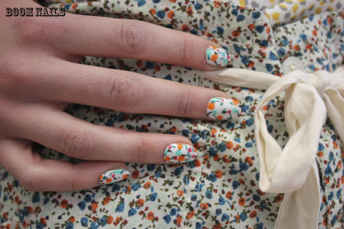 fuckyeahnailart:  (via BOOM NAILS: CLASH MAGAZINE)