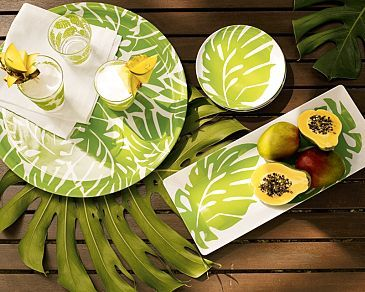 iamhazelle:  Nice summer-y dinnerware.Source: http://www.thelennoxx.com/For more awesome stuff like this on your dash, follow http://iamhazelle.tumblr.com. :)