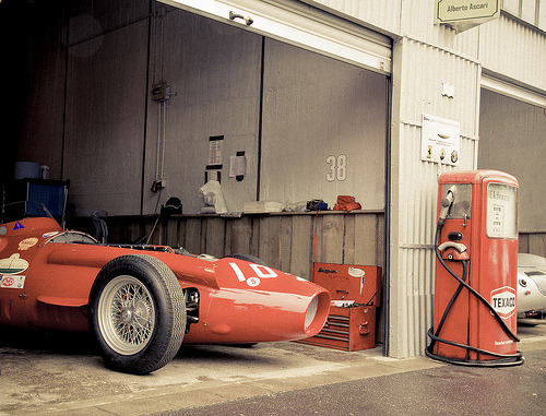 automotivated:  Maserati 250F - Chilling in the Pits (by felix.inbetween)