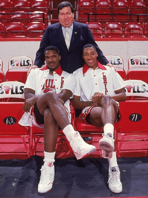 Chicago Bulls youngsters Scottie Pippen and Charles Oakley pose with Jerry Krause.