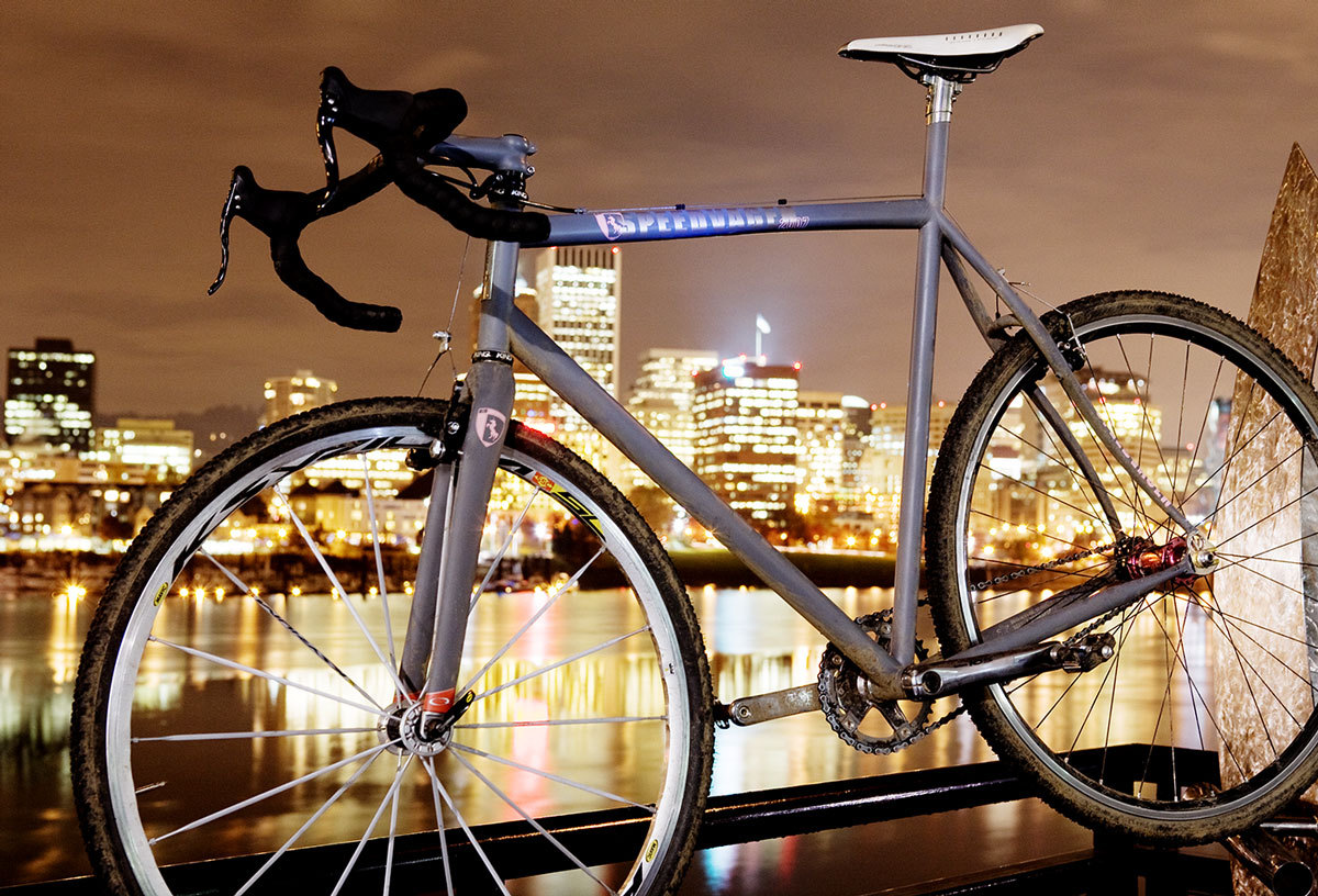 First edition Vanilla Speedvagen, 2007. Photographed on the Portland Esplanade using a mix of ambient street light and KNOG Frogs.