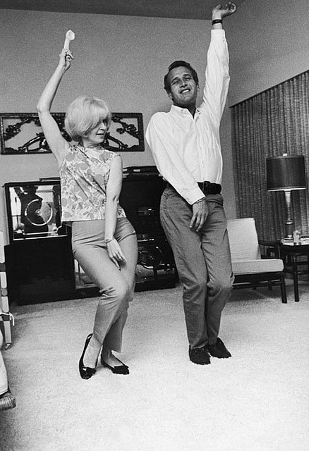 paul newman, joanne wodward by sarahhlove on Flickr.Its all about the dancing!
