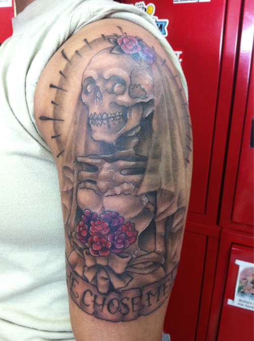 Finishing up the bridal skeleton tattoo that was started weeks ago. Tattooed by Aaron Trimiar