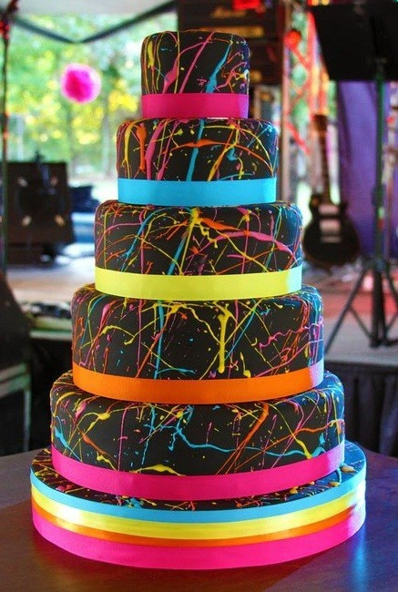 Wedding Cake Envy 25  (I feel like the Bumgarner's would be all for this cake)