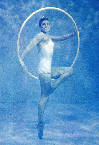 How stunning is this Esther Williams photo? We paid homage to this shot and others in our latest stylebook, The Style Aquatic! -Annie, Creative Stylist
