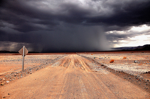 machhfive:  Riders on the storm. (by Uditurier)