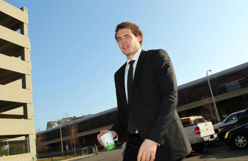 Brayden McNabb arrives  Pominville greets his population
