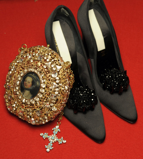 Accessories at Christian Lacroix haute couture f/w 2008