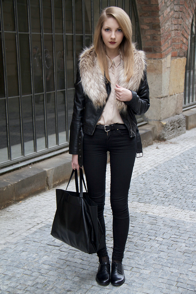 what-do-i-wear:  jeans - TOPSHOP / bag - CELINE / shoes - VAGABOND / shirt - MANGO / jacket, faux fur - H&M (image: pavlinajagrova)