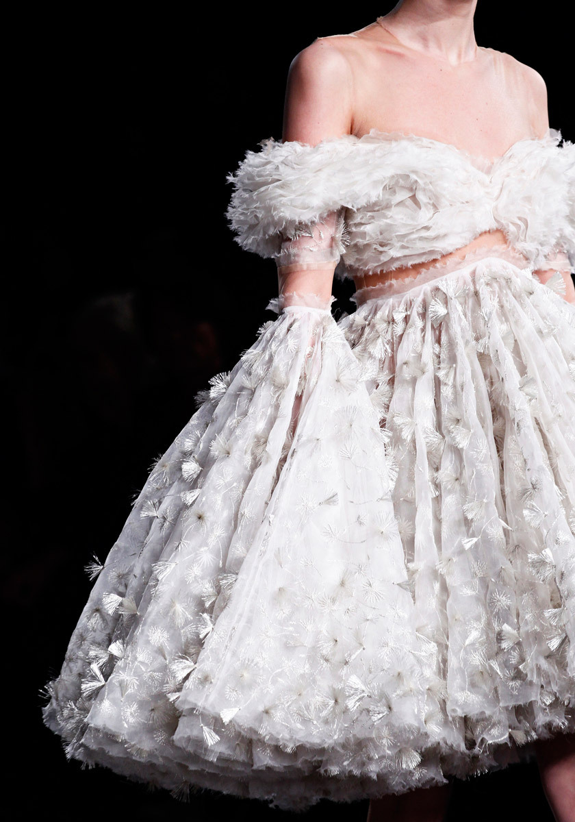 elaineisthename:  Alexander Mcqueen: Fall 2012 Ready-to-wear