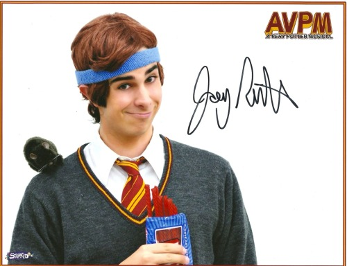 il0veseamushpautographcollection:  Joey Richter - Team StarKid